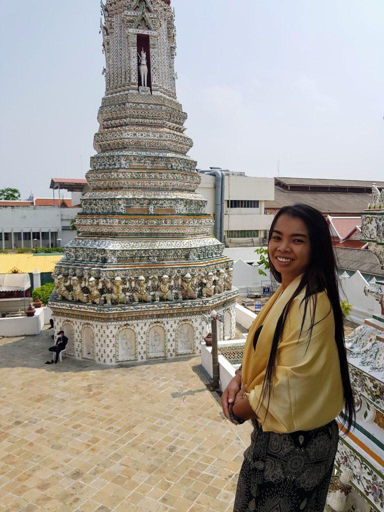 Poppy at Wat Arun temple
