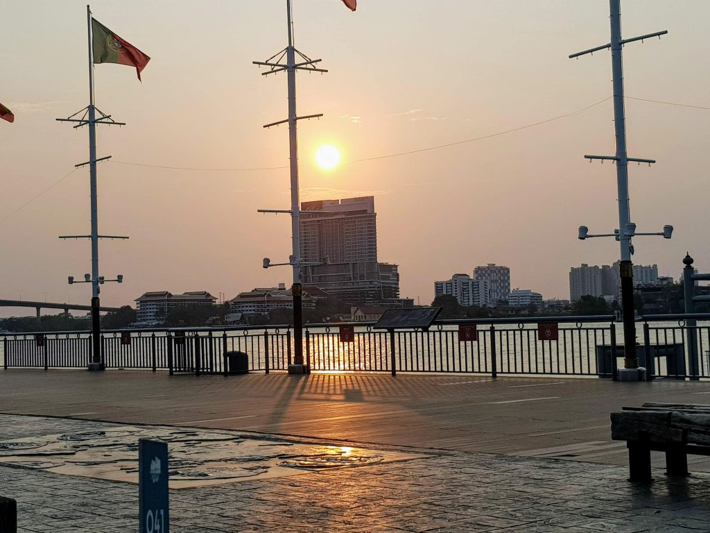 Sun going down at Asiatique the Riverfront