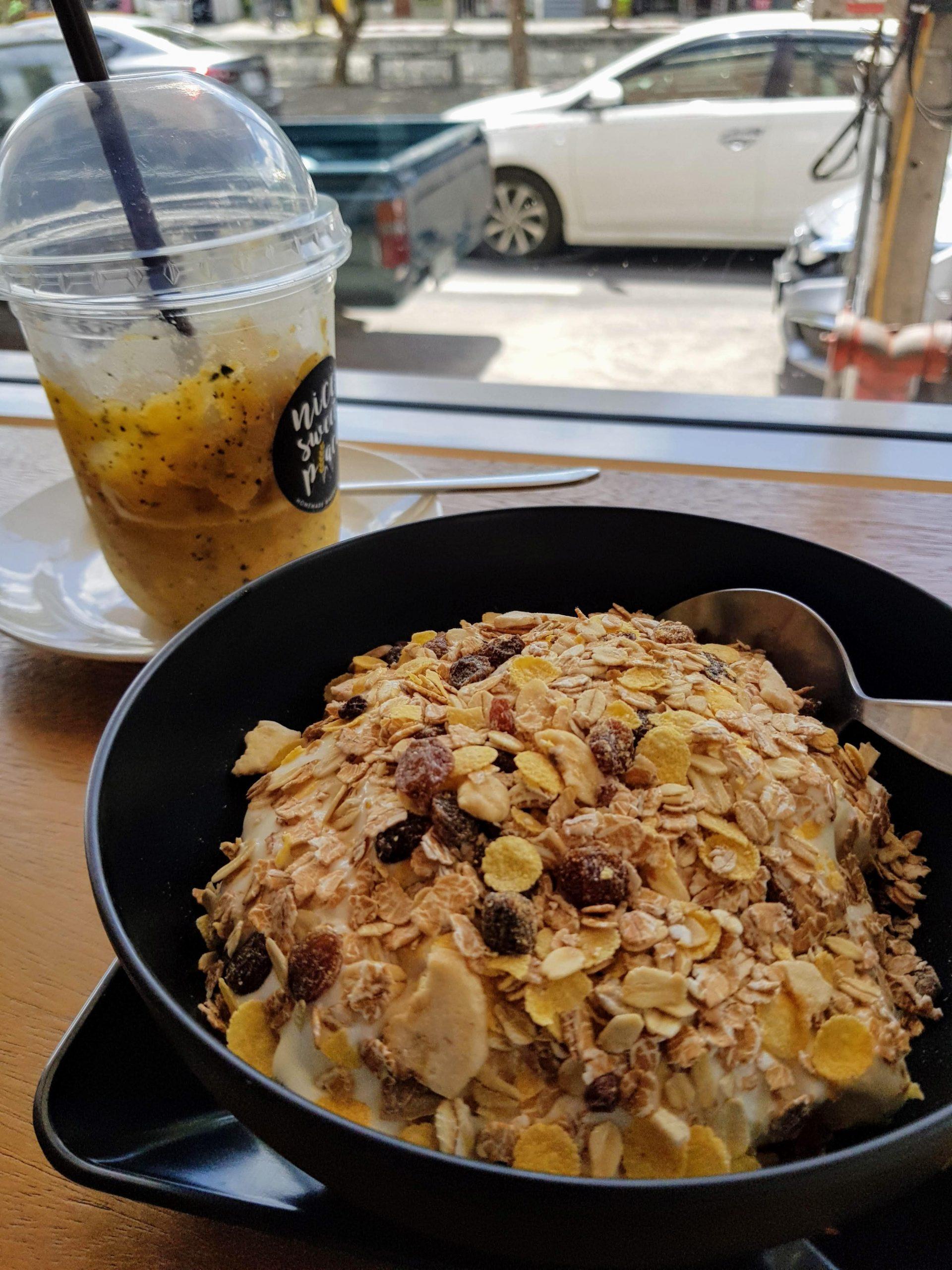 breakfast near tha phae gate